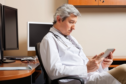 Before EHR software can truly improve patient care and cut costs, vendors and health care providers must work together to create a user-friendly platform.